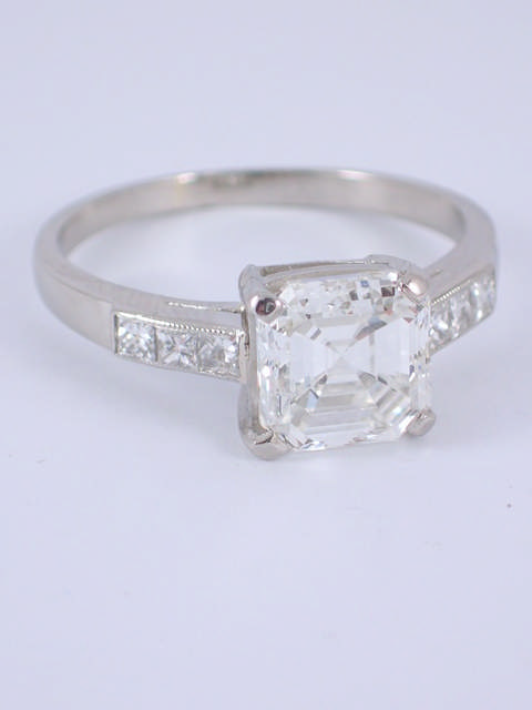 A fine diamond single stone ring with a GIA certificate which states the diamond is 2.03cts G colour