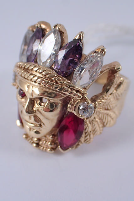 A gent's a 9ct gold Indian head ring