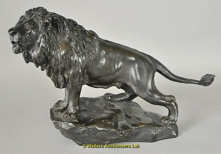 Bronze model of a lion by Gyorgy Vastagh