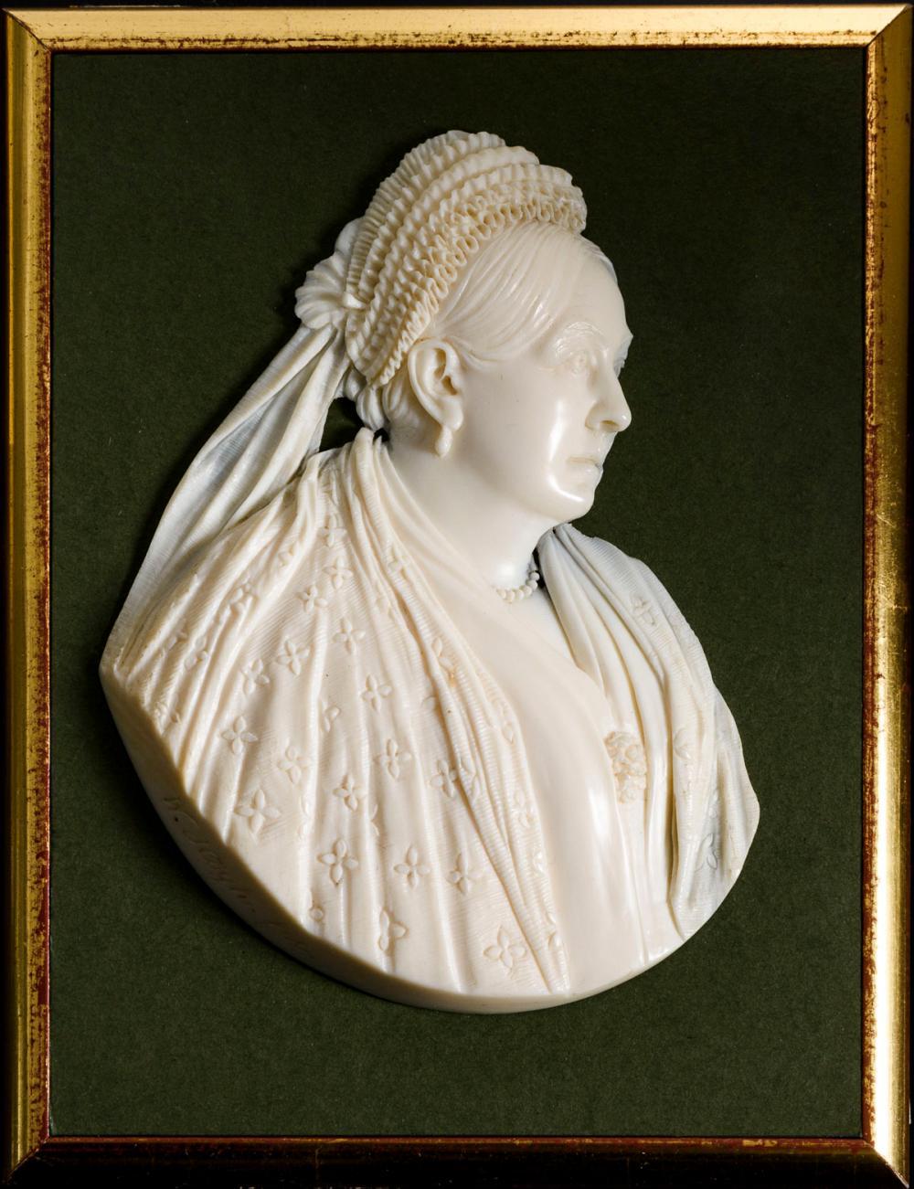 Elfenbein-Reliefbildnis: Queen Victoria, Königin von Großbritannien und Irland.