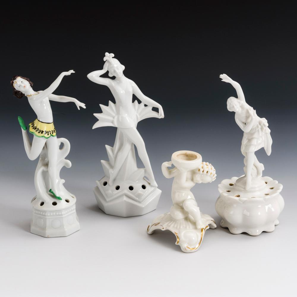3 Art-déco-Tänzerinnen und 1-Leuchter.