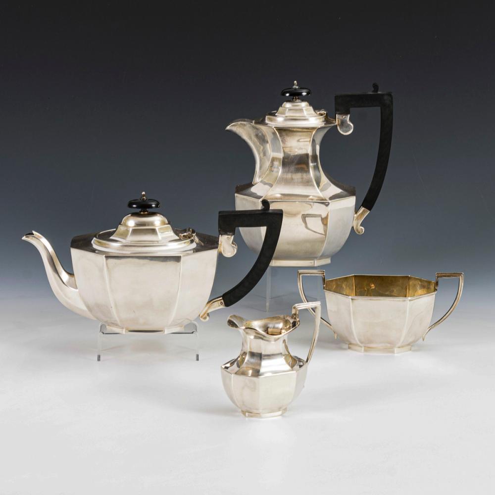 Englische Kaffee-Tee-Garnitur. E. Viners.