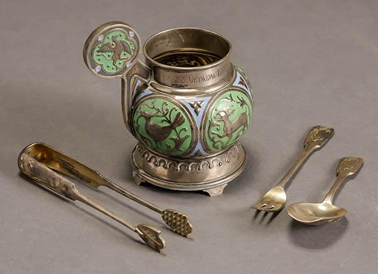 Fabergé Blue and Green Champlevé Enamel Bratina and a Russian Partial Gilt Floral Chased Silver Three-Piece Serving Set