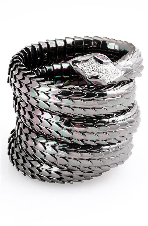 Contemporary Blackened Sterling Silver, 18-Karat White-Gold and Diamond 'Serpent' Bracelet