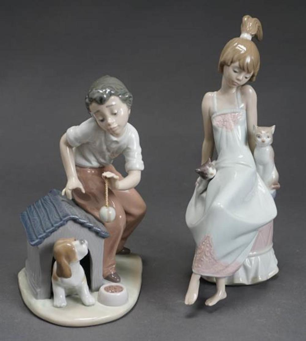 Two Lladró Figures of 'Bedtime' and 'Come Out and Play' Post 1950