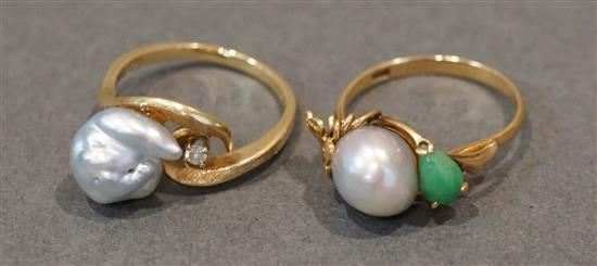 14 Karat Yellow Gold Pearl and Diamond Ring and an 18 Karat Yellow Gold Pearl and Hardstone Ring, 4.1 gross dwt