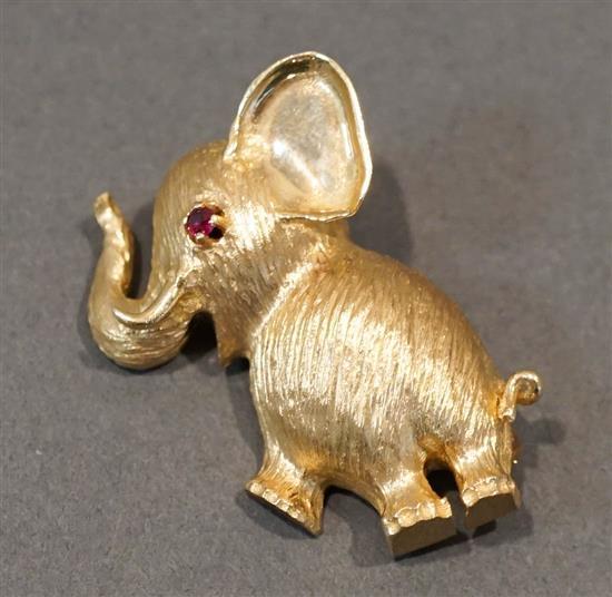 14 Karat Yellow Gold and Ruby 'Elephant' Brooch, 5.6 dwt