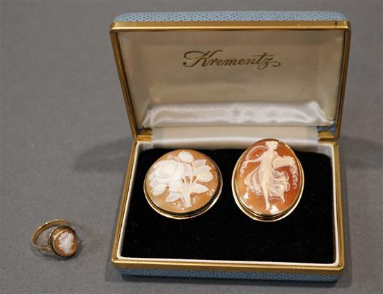 14 Karat Yellow Gold and Shell Cameo Ring, a 14 Karat Yellow Gold and Shell Cameo Brooch and a Cameo Brooch