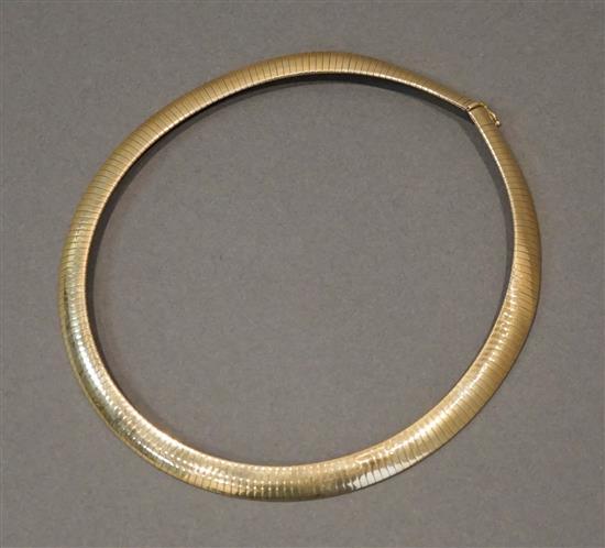 Italian 14 Karat Yellow Gold Omega Collar Necklace, 24.3 dwt