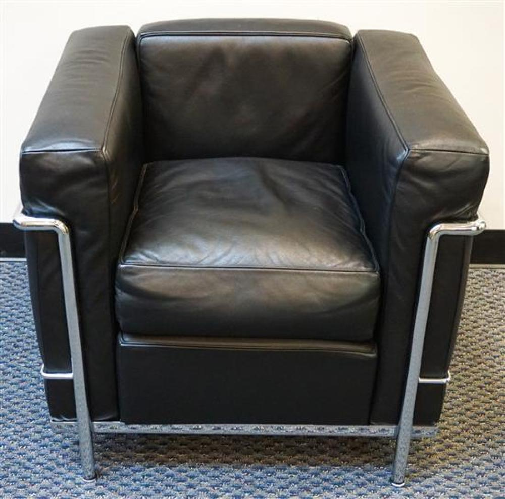 Cassina Le Corbusier Black Leather Polished Stainless Steel LC3 Petit Lounge Chair, Height: 26 in, Width: 30 in, Depth: 27-1/2 in