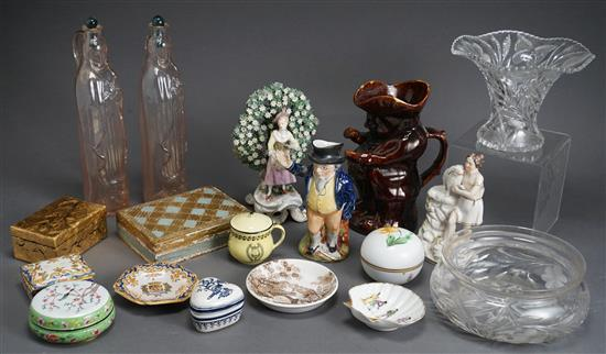 Group with mostly European Porcelain Table Articles, Glass and Crystal