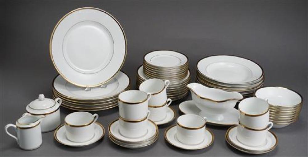 Ginori Porcelain Fifty-Eight Piece Dinner Service