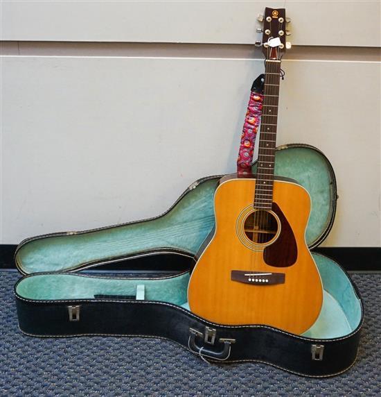 Yamaha Model FG-200 Acoustic Guitar