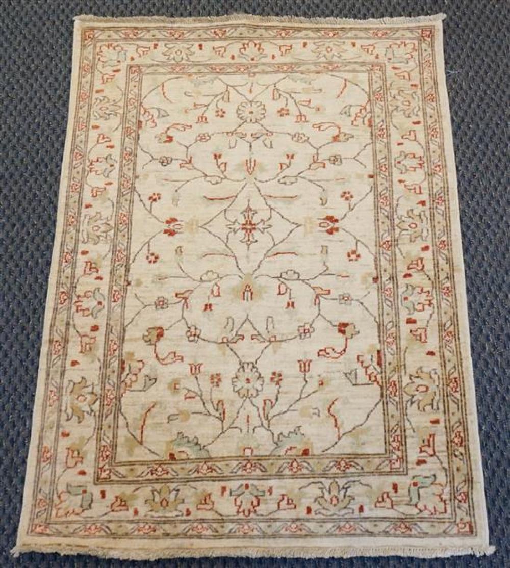 Pakistan Keshan Pattern Rug, 4 ft 6 in x 3 ft 2 in