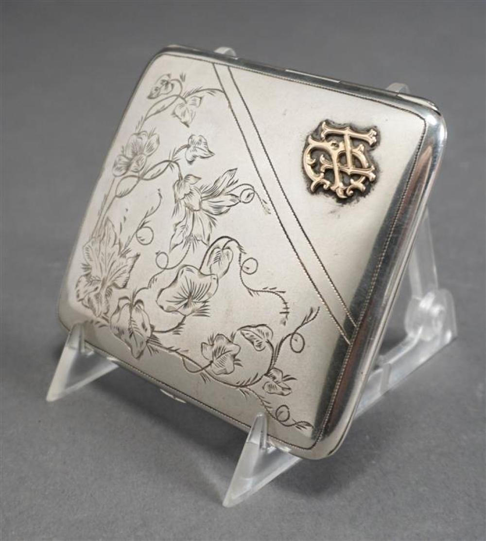 German 800-Silver and Gold Mounted Hinged Case, 2.8 oz, 3-1/2 x 3 in