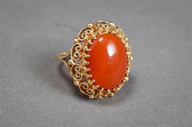 14-Karat Yellow-Gold and Carnelian Ring, 7.3 gross dwt, Size: 8-1/2, Length of top: 1 in