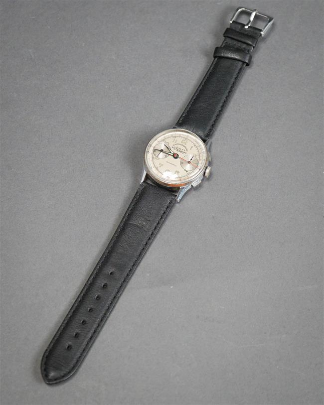 Lewyt Chronograph 17-Jewel Manual Wind Wristwatch