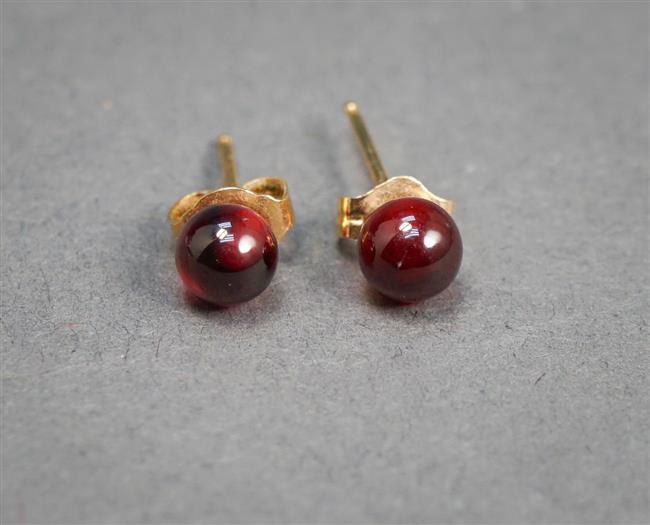 Pair of 14-Karat Yellow-Gold and Garnet Bead Pierced Earrings, approx 5 mm