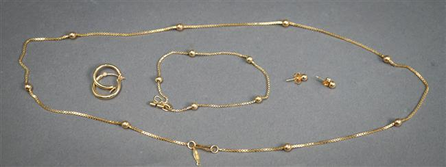 14-Karat Yellow-Gold Necklace, Bracelet and Two Pairs of Earrings, 5.7 dwt