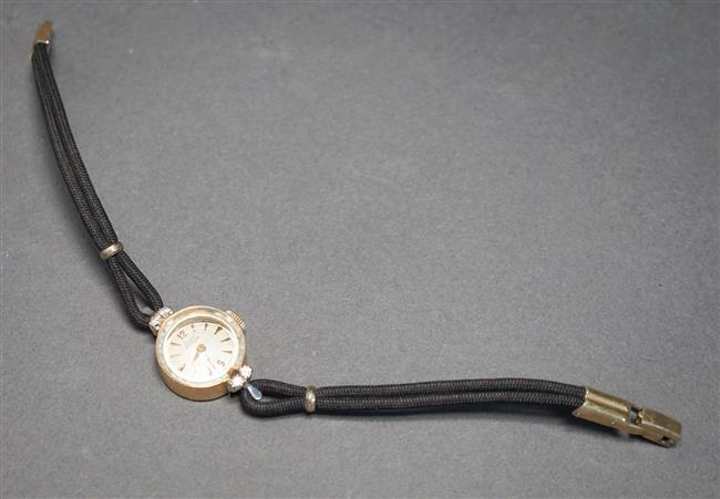 Ladies Girard Perregaux 14-Karat Yellow-Gold and Diamond Manual Wind Wristwatch