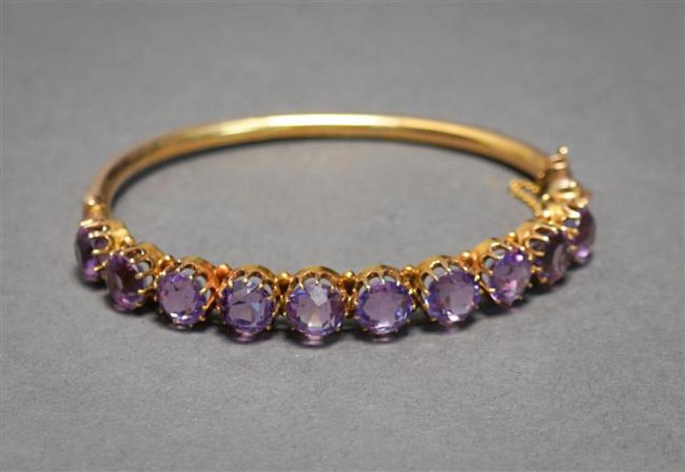 Victorian 10-Karat Yellow-Gold and Amethyst Bangle Bracelet, approx 13 ctw, 9.7 gross dwt, L: 7 in