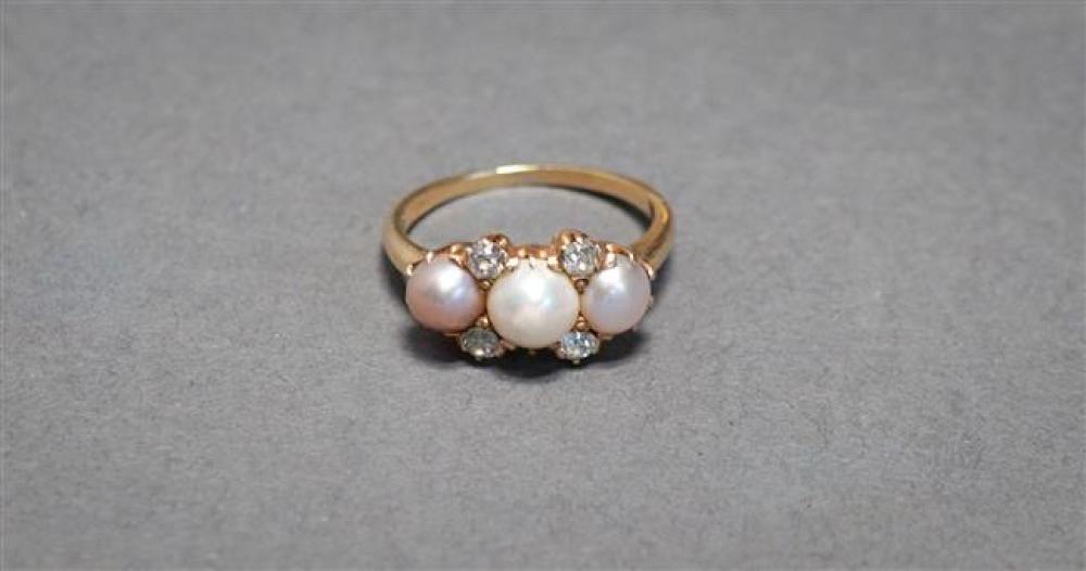 Edwardian 14-Karat Yellow-Gold Bi-Color Pearl and Diamond Ring, 1.5 gross dwt, Size: 5