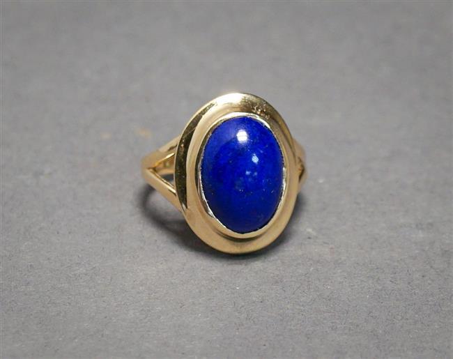 14-Karat Polished Yellow-Gold and Lapis Lazuli Ring, 3.8 gross dwt, Size: 7