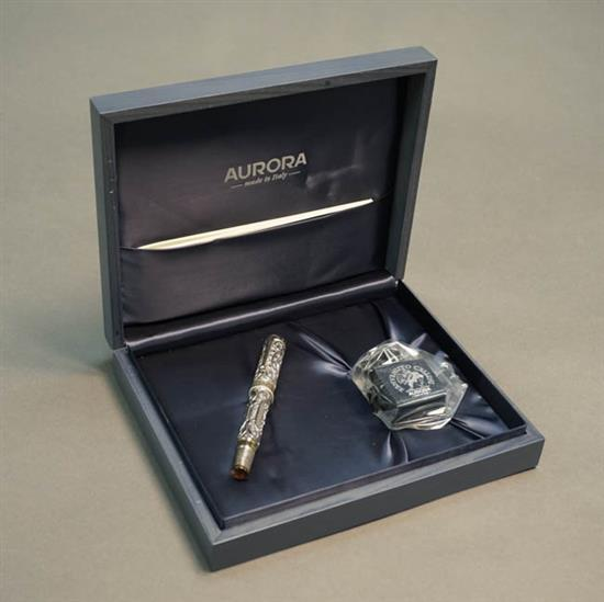Aurora Benvenuto Cellini Hong Kong Sterling Silver Fountain Pen
