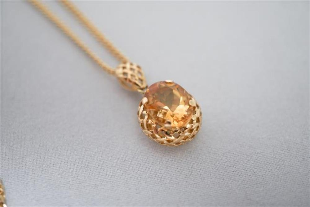 14 Karat Yellow Gold Citrine Pendant Necklace, 2.9 gross dwt., Length: 23-1/2 in