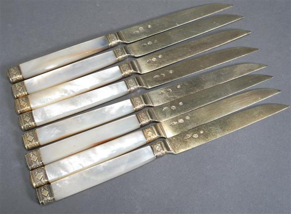 Set of Eight French 950-Silver Gilt and Mother of Pearl Handle Fruit Knives, Circa 1798-1809