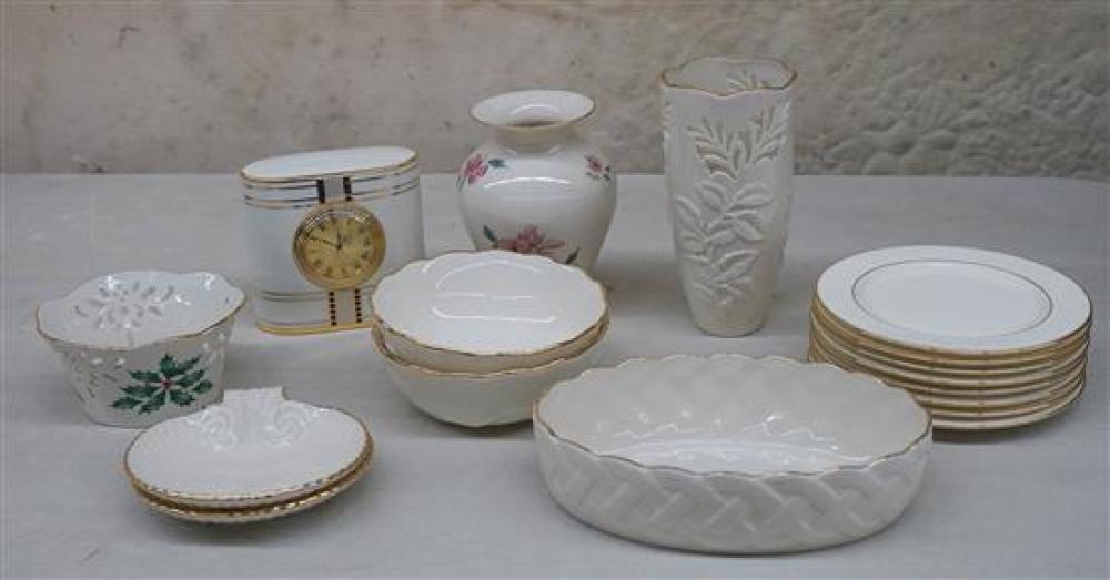 Seventeen Lenox Porcelain Table Articles
