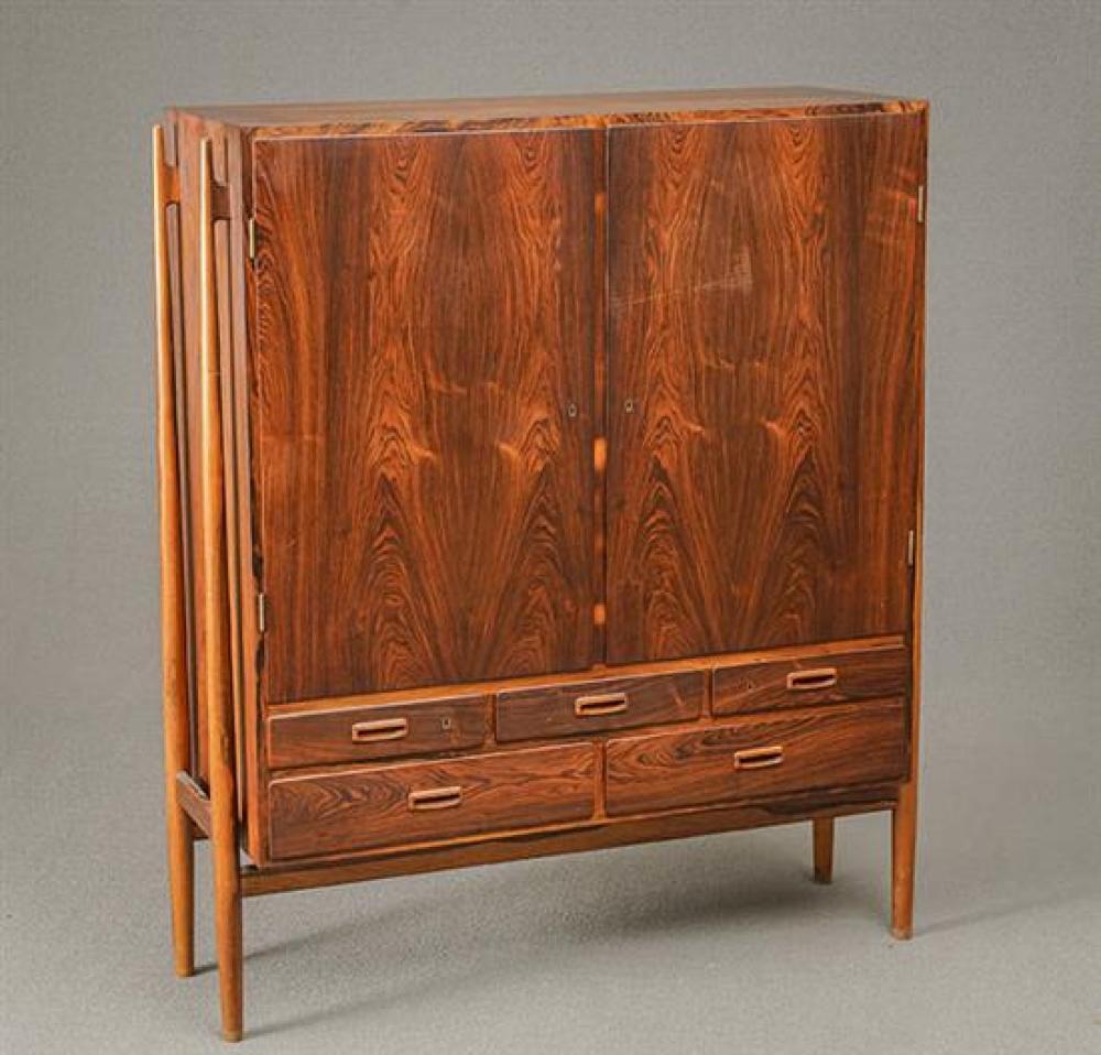 Niels Vodder Rosewood Side Cabinet Model NV-57, Manufactured for Illums Bolighus, Circa 1960