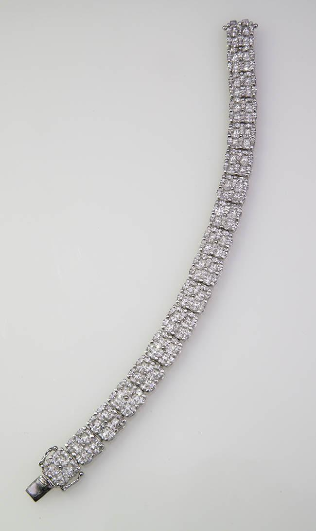 18-Karat White-Gold and Diamond Bracelet