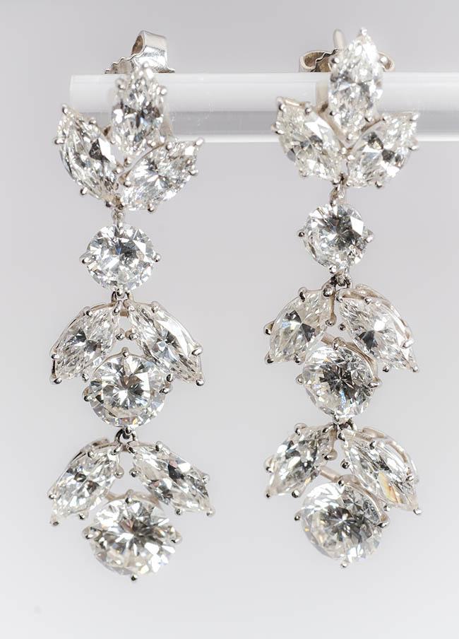 Pair of 14-Karat White-Gold and Diamond Pendant Pierced Earrings