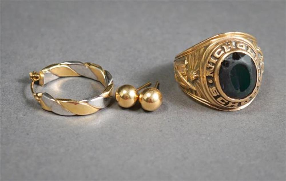 10-Karat Yellow-Gold and Green Glass 'Nichols School' Class Ring (6.7 gross dwt) and Three 14-Karat Gold Earrings (1 dwt)