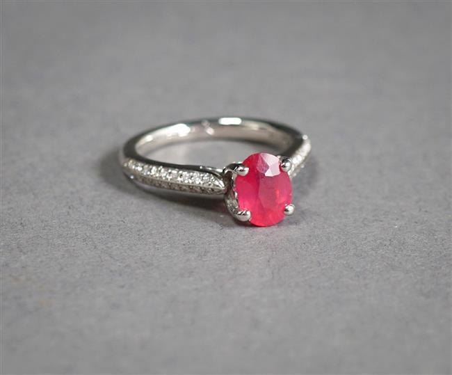 Palladium, Ruby and Diamond Ring, Ruby approx 1.60 carat, 2.6 gross dwt, Size: 6