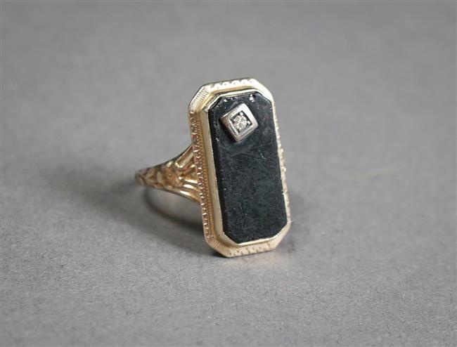 14-Karat White-Gold, Black Onyx and Diamond Ring, Size: 6, 2 gross dwt