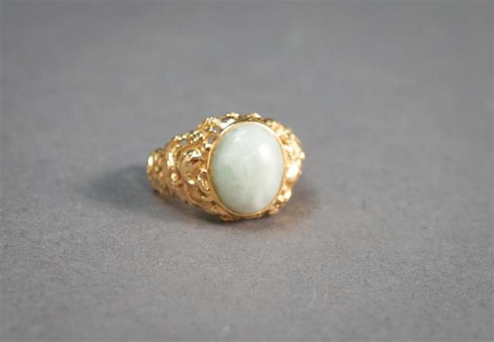 14-Karat Yellow-Gold and Celadon Jade Ring, 3.7 dwt, Size: 7-1/4