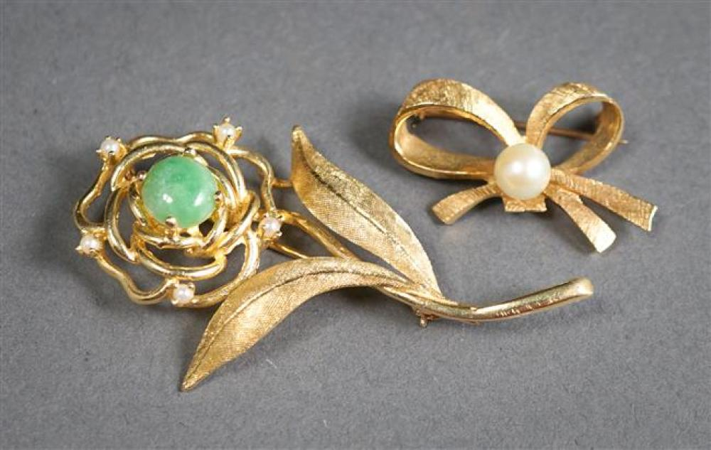 Two Tested 14-Karat Yellow-Gold Brooches, 7.9 gross dwt