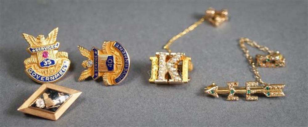 Five 10-Karat Gold Pins, 6.4 gross dwt