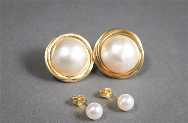 Pair 14-Karat Yellow-Gold Mabe Pearl Pierced Earrings and Pair Cultured Pearl Ear Studs