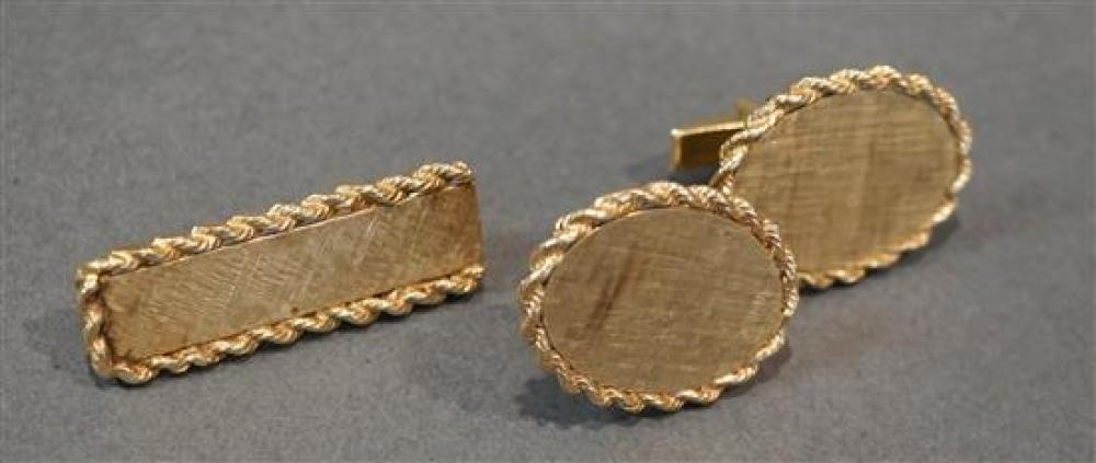 Pair of 14-Karat Yellow-Gold Oval Cufflinks and a Matching Tie Bar, 16.5 total dwt