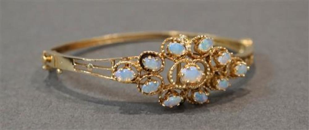 Tested 10-Karat Yellow-Gold Opal Bangle Bracelet, 9.6 gross dwt, Length: 6-1/4 in