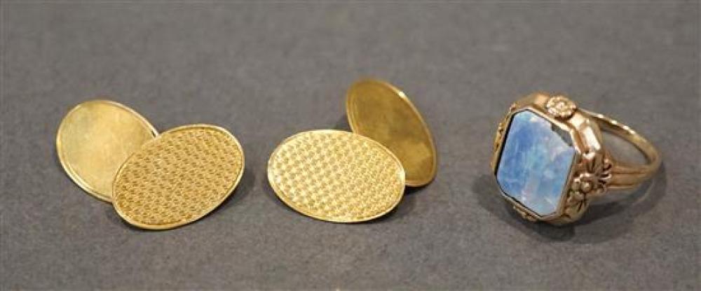 Pair of English 9-Karat Yellow-Gold Chain Link Cufflinks (3 dwt) and a 10-Karat Yellow-Gold and Opal Doublet Ring (Opal Damaged, 2.7dwt