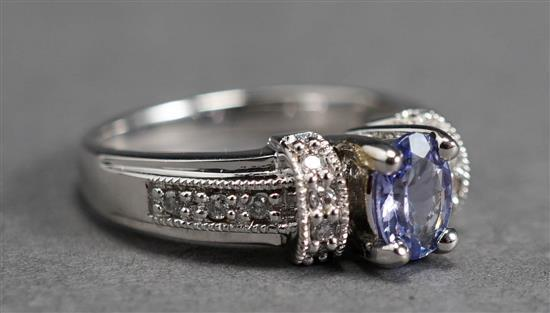 14-Karat White-Gold Tanzanite and Diamond Ring, 3.1 gross dwt, Size: 7