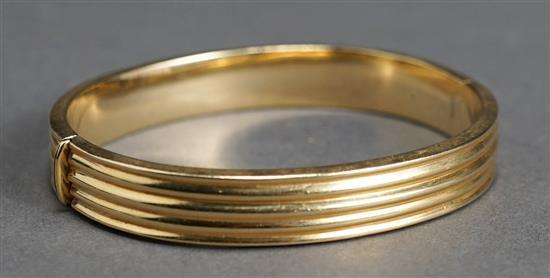 Italian 14 Karat Yellow Gold Bangle Bracelet, 15.2 dwt, Length: 7 inches
