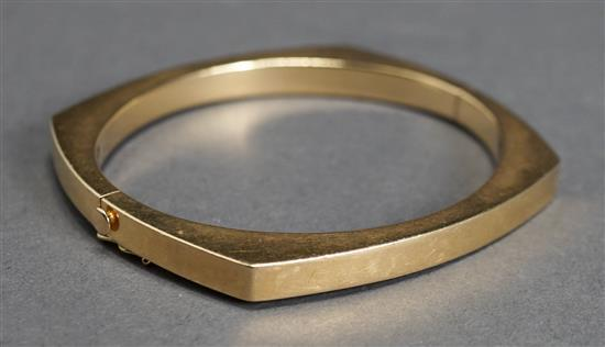 14 Karat Yellow Gold Bangle Bracelet, 18.4 dwt., L: 7-1/8 inches