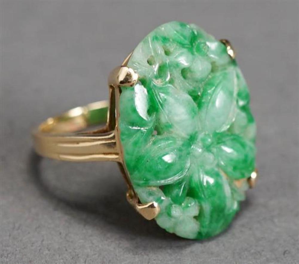 H. S. Bickson 14 Karat Yellow Gold Carved Jade Ring, 4.1 dwt., Size: 6-1/2