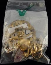 VINTAGE GRAB BAG LOT OF MISC COSTUME JEWELRY ITEMS - SCARF PIN, RINGS, PENDANTS AND PINS WEIGHS 1.4 OZ