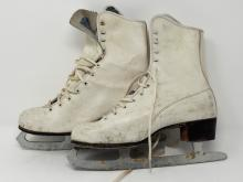 Vintage Set Of Ice Skates Marked On Blade Canadian Zephyr Marked On Inside Top Of Tongue #7 30510132 6231